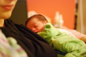 postpartum, mama, durere, ingrijire, tata